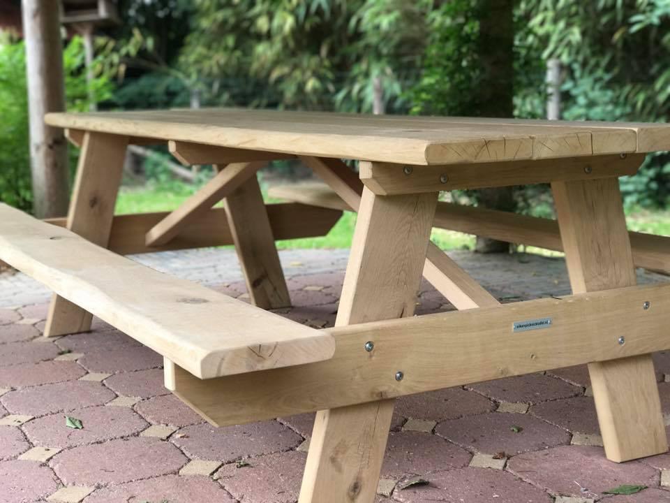 picknicktisch baumstamm eichen